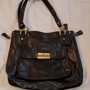 Authentic Coach leather tote w/ zipper detail